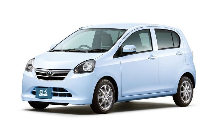 daihatsu-unveils-mira-es-kei-car-in-japan-does-75-mpg-38911_1
